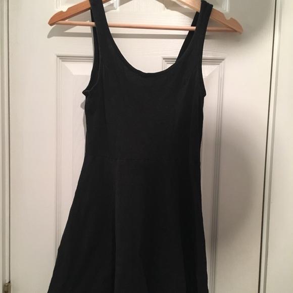 Divided Dresses   Skirts - H M x DIVIDED Basic Skater Dress a0ee9a193
